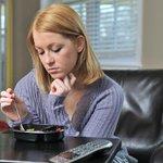 【まじかー】科学が解明した「ぼっち飯」の危険性 孤独は太る!? http://t.co/0SsCw6EDMZ 研究の結果、食べる相手がいない一人だけの食事、いわゆる「ひとり飯」が肥満に大きく関与していることが明らかになってきた。 http://t.co/GpSZOaivul