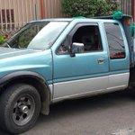 Supuestos jardineros podrían estar engañando a personas. Ya hay víctimas de este carro. Visitan casas. No les abra! http://t.co/MP4hB7zCyX