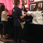 DR ST. JOHN SPOTTED AT VICTORIAS SECRET BAHAHAHAH http://t.co/xWChAGswSm