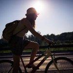 【確認を】6月1日から道交法改正 自転車の摘発増える? http://t.co/Fxzb8AobT6 歩道を徐行しない、警笛で歩行者をどかせるなどの違反を、3年の間に2回、警察に摘発されると、講習を受ける義務があり受けないと罰金も。 http://t.co/AGjmAKBeuh