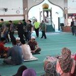 dua peristiwa dalam satu masjid -- rare  lokasi : masjid jamek, kajang http://t.co/ly4mRPpOp8