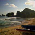 Perjalanan tak berujung, Pantai Siung #Jogja GK @Jogja24Jam http://t.co/rBO6Stu8sp