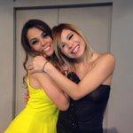 Con mi amigui 👭😁 @werasosa #Volumen4 http://t.co/Eri167vkYL