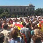 """Gritos de """"¡Fuera los comunistas!"""" en la marcha contra @ahorapodemos en Colón. Poco más de 200 personas http://t.co/qEcKuSMpQ2"""