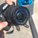 Así ha quedado la cámara de @ochinabos tras la agresión que ha sufrido en la #ManiAntiSoviets http://t.co/TTlG0I2Sc9