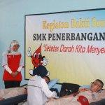 Donor Darah Siswa, guru (30/5/15). Sekantong darah ut yg membutuhkan, -@SKAPENTAJOGJA http://t.co/po73TpMK35