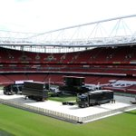 Watching the #FACupFinal at the Emirates? The screens are being set up right now #WeAreArsenal http://t.co/aWKHxif56f