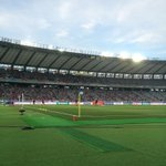 本日の #FC東京 ×柏レイソルは初めてアンブロシートで観戦。子供のように浮かれ倒してます。このあと19時よりキックオフ。ぜひ勝利を!試合中は撮影出来ないので今のうち。詳細http://t.co/tFHVOQEWsQ #fctokyo http://t.co/WsLSafFtrH