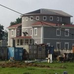 See The Mansion Where Ex-President 'Goodluck Jonathan' Will Now Call Home(PHOTOS) http://t.co/x0FYVdHSQ2 http://t.co/aRGRQz4lbn