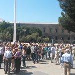 Primera foto: concentración en Colón contra @ahorapodemos. Segunda foto: Feria del Libro de Madrid. Hay esperanza http://t.co/IMHJZyyml4
