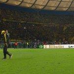 Verabschiedung. Bis bald, Jürgen Klopp! Irgendwann, irgendwo. #ssnhd #bvbwob http://t.co/zXJV92cdzX