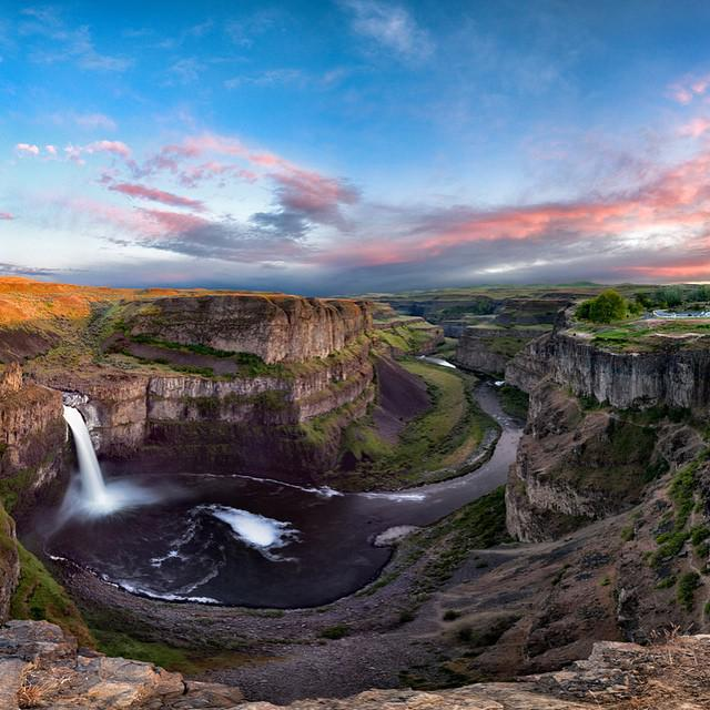 Palouse Falls State Park, Washington | Photography by Michael Brandt http://t.co/One85N3fy0
