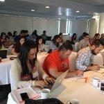 Un grupo muy aplicado en las tareas. Taller de marketing de contenidos en Mazatlán con @narmap http://t.co/6itTGcCN69