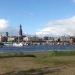 Jetzt #Hamburg #Hafen #Skyline #NoFilter http://t.co/rWaUBiL5A3