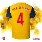 GOAL! Per Mertesacker! 3-0 (62) #FACupFinal http://t.co/ntsdon2wcF