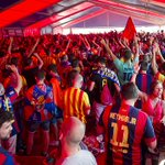 [VIDEO] Great atmosphere in the FC Barcelona Fan Zone http://t.co/CBh4KDqtAQ http://t.co/G9RvHgtrZB