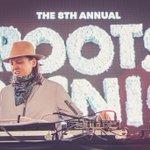 Getting down with @DJWindows98! #RootsPicnic @festivalpier http://t.co/RkSA9xotiE