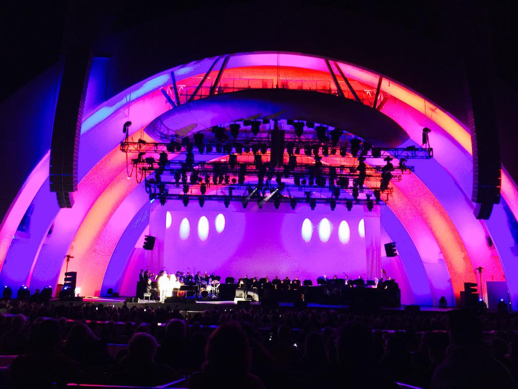 I believe that Tony Bennett and Lady GaGa gave an historic performance this evening. #HollywoodBowl http://t.co/sFsHr9Vp3R