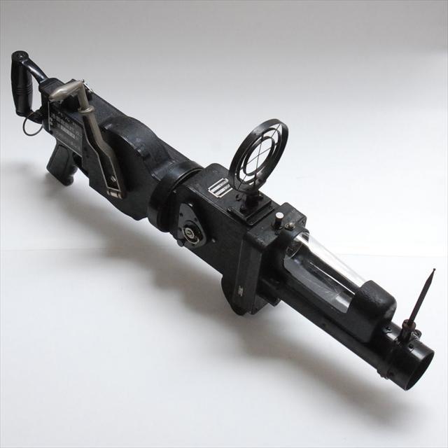 六櫻社 八九式活動寫眞銃 改二 ランク【AB】¥250,000 お預かりしました。珍しいカメラが出てくるのは実にレモン社らしいところ^^#委託なう http://t.co/MFO0AXX4Vv