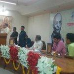 RT @jagdishshetty: Dr @Swamy39  speaking on 'Savarkar & Hindutva' at Nagpur today organised by Sauvedana Parivar Sanstha http://t.co/66cnt4…