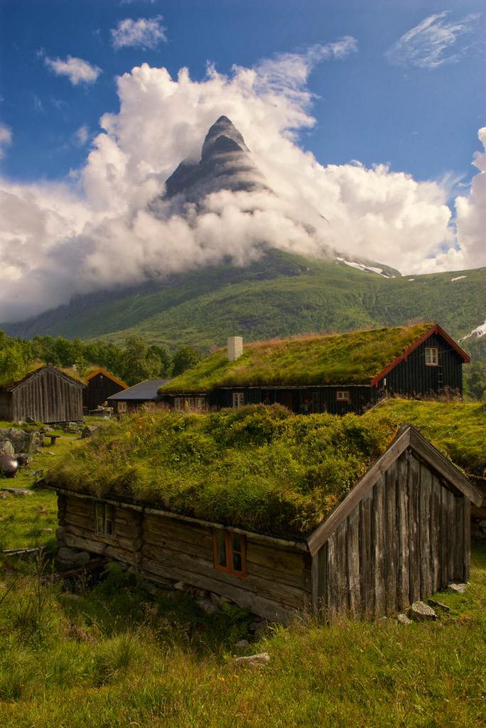 Would you like to visit Renndølsetra in #Norway? http://t.co/4LGfbyD9OU
