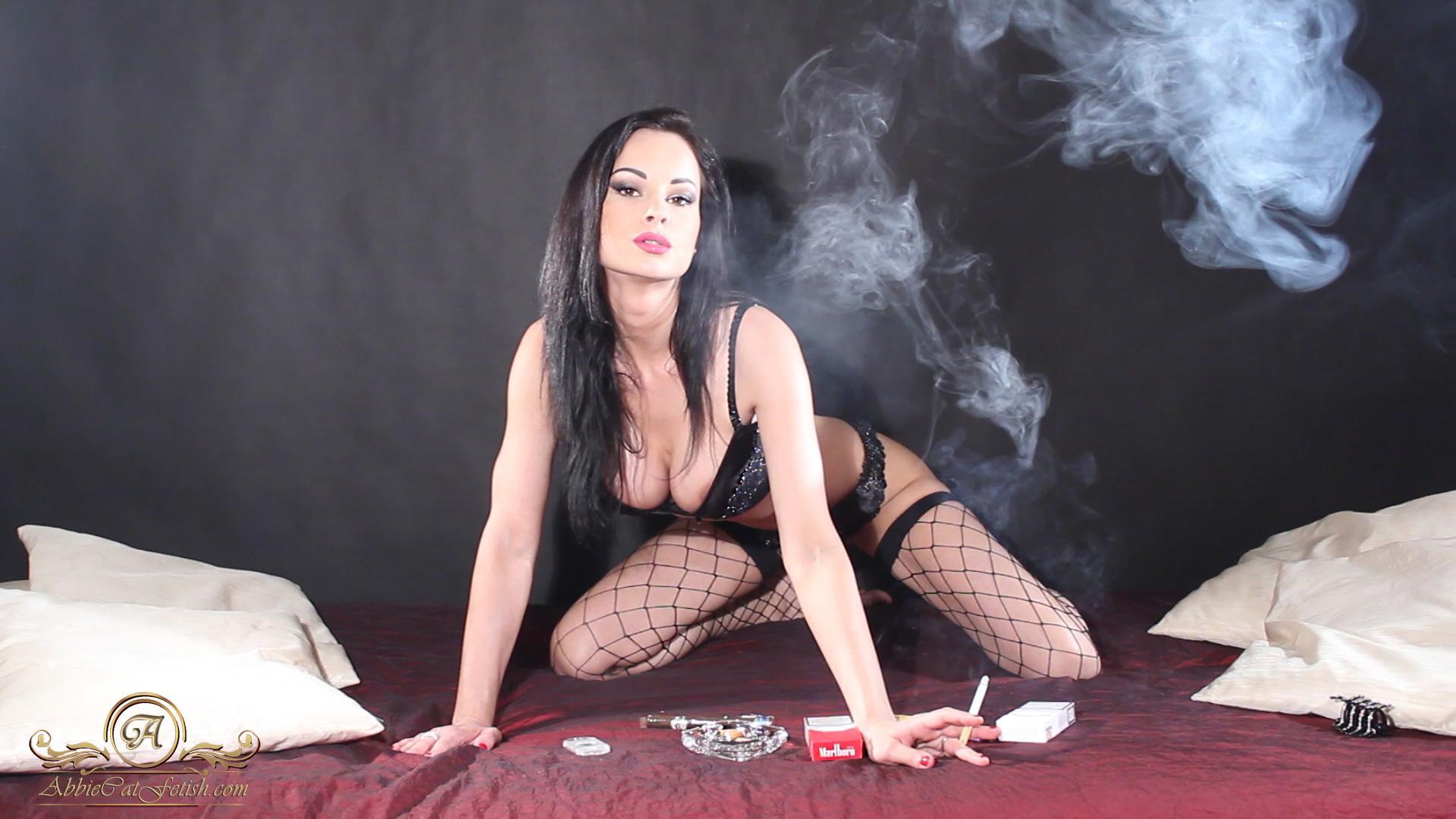 European milf Abbie Cat seduces busty Laura Orsolya in office № 1368020 загрузить