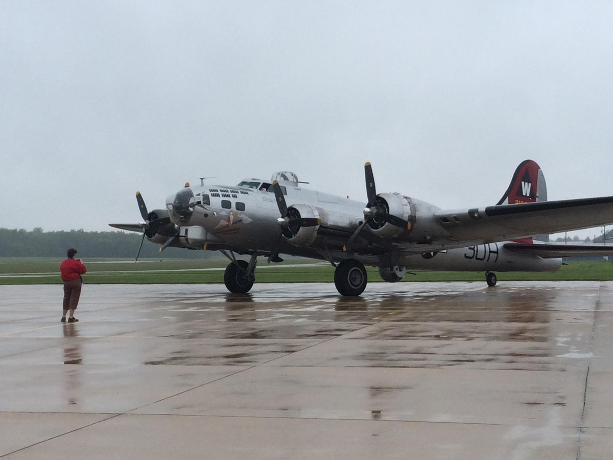 "test Twitter Media - The @EAA B-17 ""Aluminum Overcast"" arrived @dekalbairport this morning. http://t.co/svVJzxslXd"