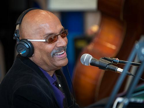Sad news. We've lost a remarkable musician and a wonderful human being.  #RIP Archie Alleyne. http://t.co/5LIbcf8pYF http://t.co/RfvpyCD0sb