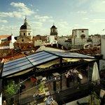 Las mejores terrazas de #Madrid en @TheHatMadrid y sus atardeceres del #Madrid de los Austrias http://t.co/4aho1hzpgs http://t.co/dPKeW37xfi