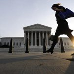 Supreme Court rules in favor of man who made threats on Facebook http://t.co/1dR5yRnqJr http://t.co/f9ybywr8Qf