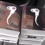 .@Dlsistemas #Venta Audifonos #MonsterBeats Tour By Dr.Dre,BFS 3200. #Lara http://t.co/Ure5Wz5z5E http://t.co/Cs9tXaFLb6