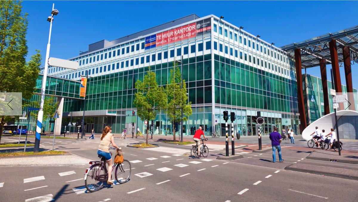 Eindhoven one of the most bike-friendly cities on the planet according to @WIRED. 100% agreed http://t.co/6D2giTFKEM http://t.co/fRKZfifj79