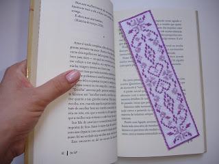 Como fazer um marcador de livros #bordado http://t.co/HJFNOco1gH #marcadordelivro #livro #leitura #DIY #artesanato http://t.co/q4DMdr4uni