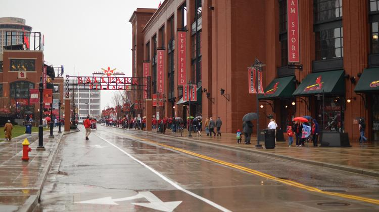 To no one's surprise, #StLouis named the best city for baseball fans - http://t.co/23RX9vrbpq http://t.co/oWinq3kRSn