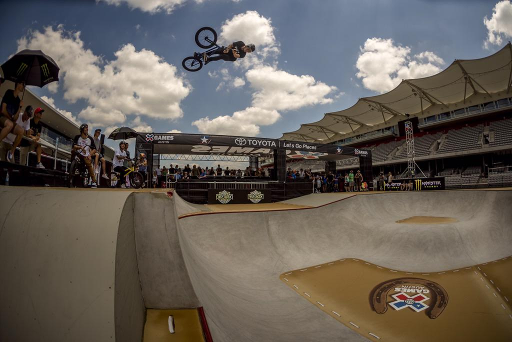 First day of practice here at @xgames is done! Had a blast learning this course, it is so fun. Photo: Guettler http://t.co/ZT2oPCAKbZ