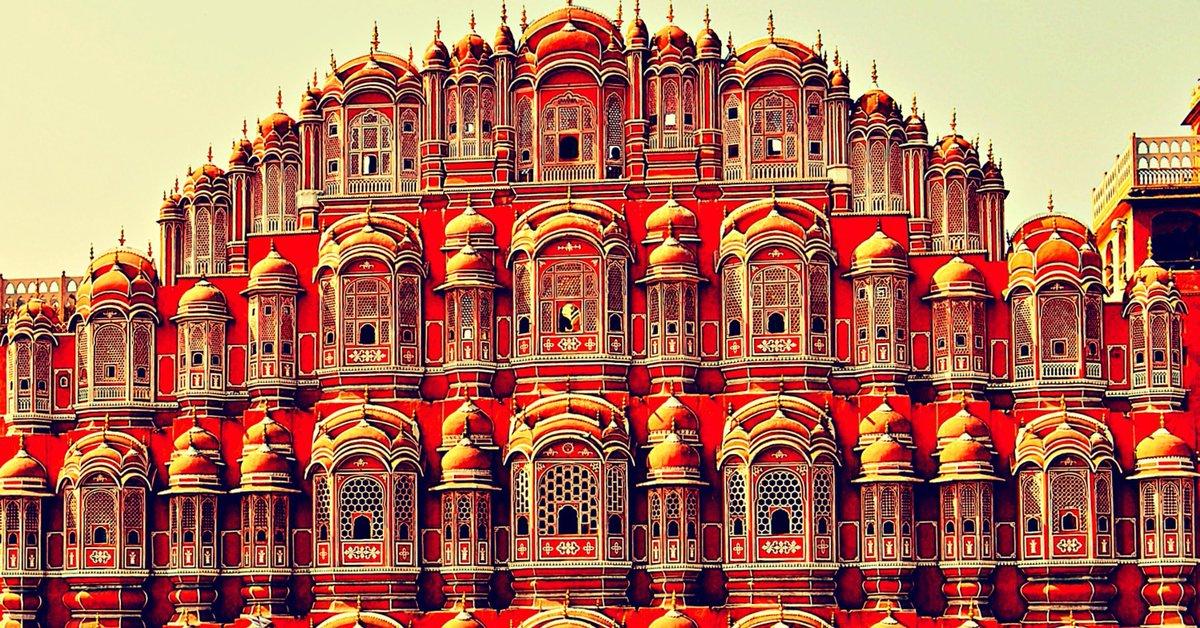 Los 20 palacios más bonitos del mundo: http://t.co/j8h5BurIg6 ¿Alguna duda? ;) http://t.co/0OeIxOF9Gp