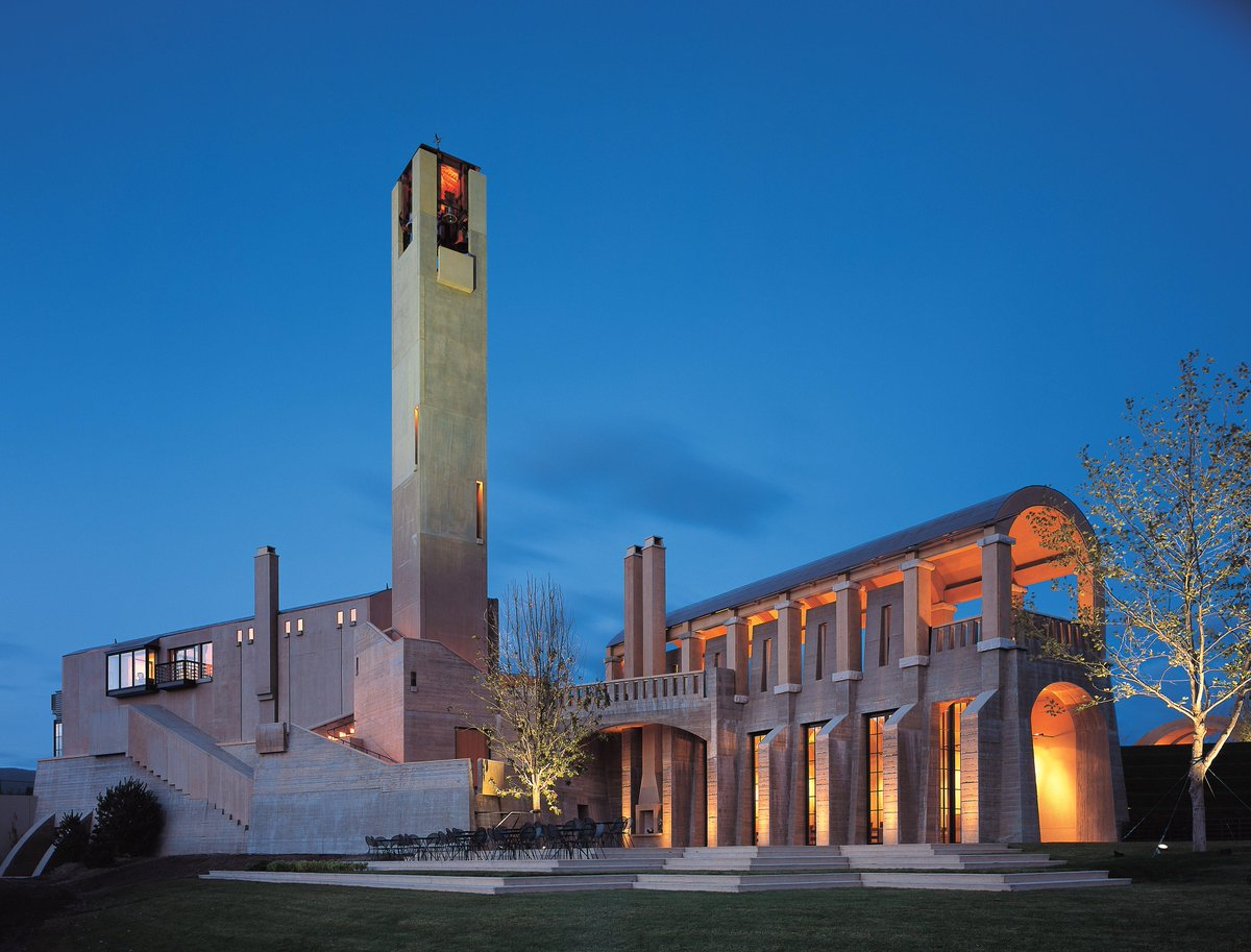 """Honoured to be named """"One of the Top 10 Architectural Wonders of the Wine World"""" http://t.co/dQUeiQL9Zd http://t.co/kgvjPj66GR"""