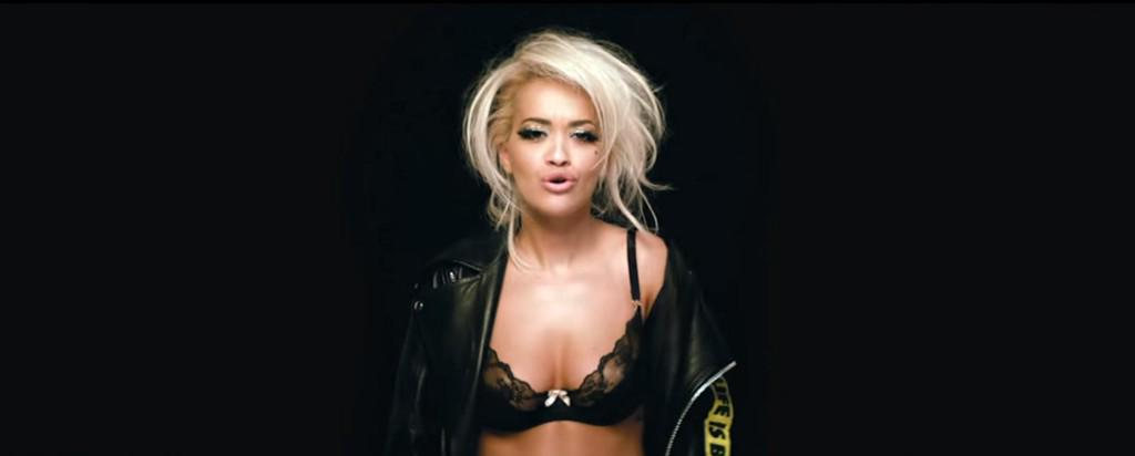 RT @ELLEmagazine: Rita Ora Deals With Feuding Male Models, Running in a Bra in New Music Video http://t.co/Ze1G88yhVt http://t.co/BBrVB7x8wU
