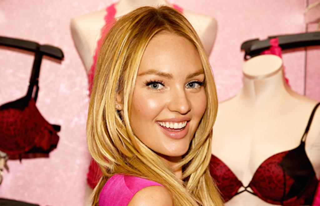 RT @usweekly: Exclusive: What's in @angelcandice's bag? http://t.co/UdVofbky7a http://t.co/1ta5aKyMTJ