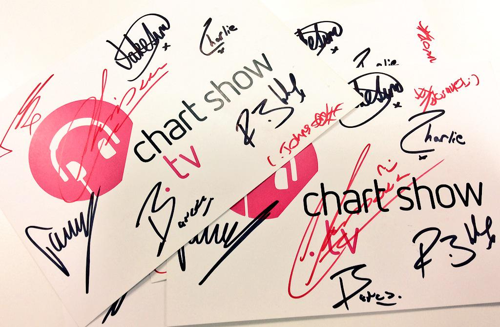 COMPETITION TIME: FOLLOW + RETWEET to win a signed @StereoKicks chart show card! http://t.co/PwweLG8eRi