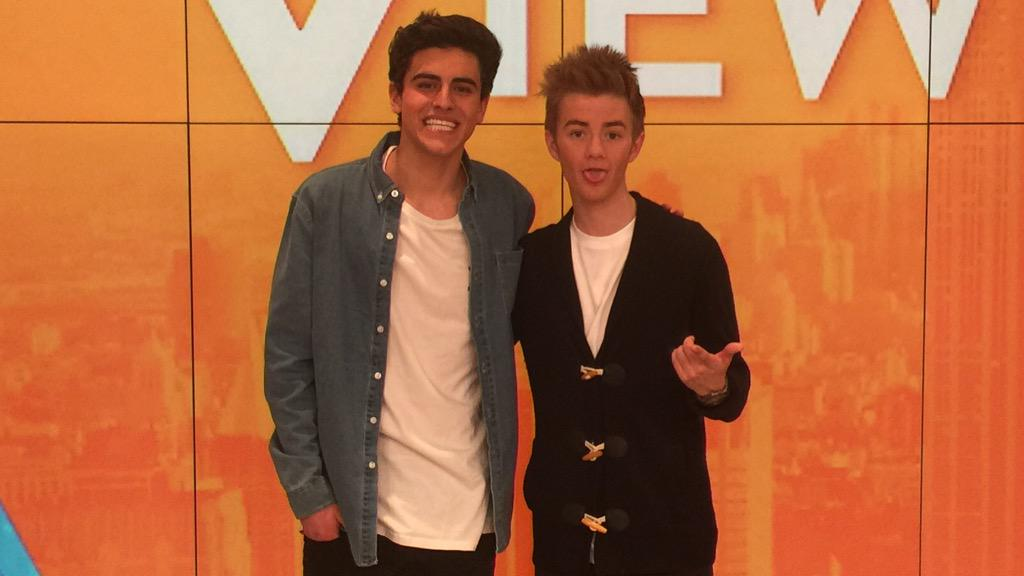 We're catching up with @JackAndJackReal this weekend! Have a question for them? Tweet us using #TheView! http://t.co/ImfEJErOyZ
