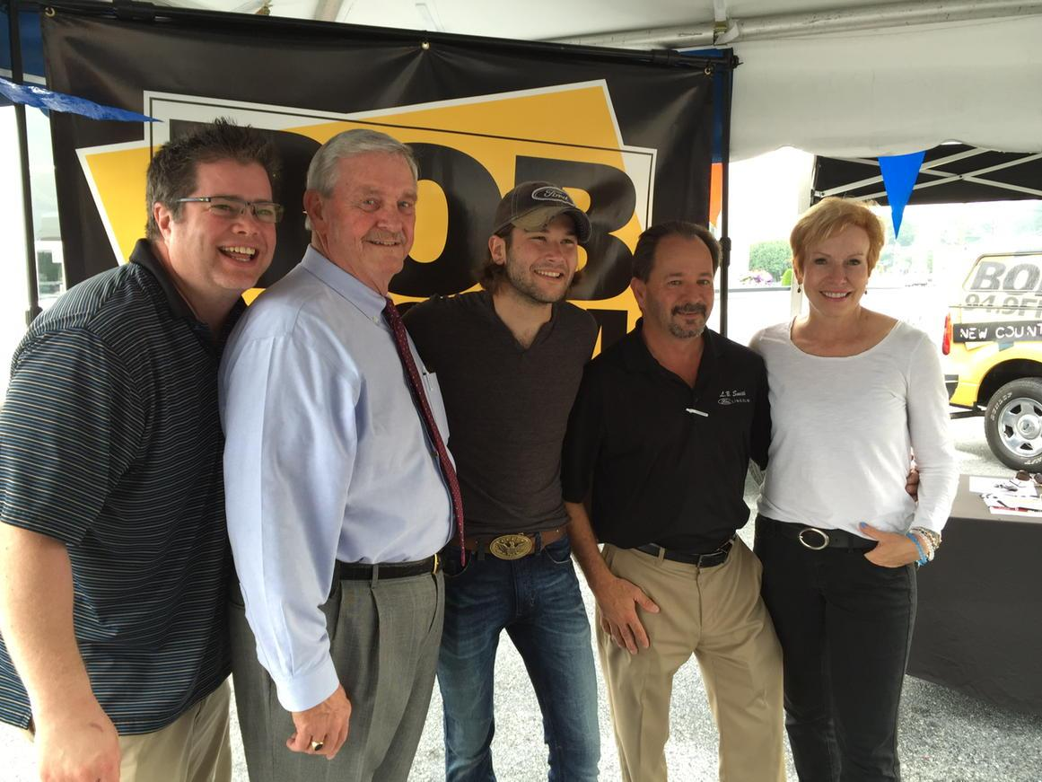 Live remote at @lbsmithford with @nancyandnewman @ben_gallaher #BGhometown http://t.co/W7oU20nSEc