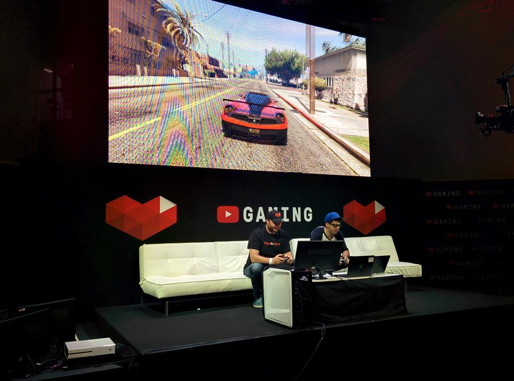 Look who is streaming on @YouTubeGaming - @HikeTheGamer and @TypicalGamer! #YouTubeGaming #E32015 http://t.co/jFa7l4Xx0u