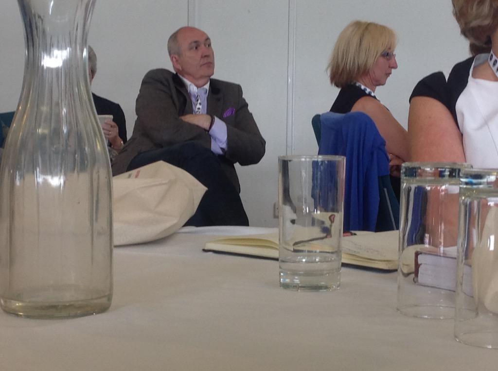 @vanillaweb at the FSB meeting http://t.co/pI2zuW8xON