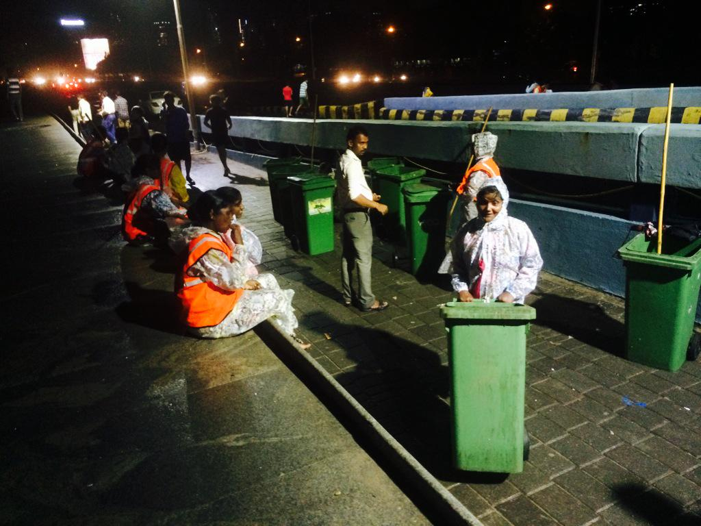 They cleaned what the sea threw up today #MumbaiRains #MarineDrive http://t.co/2GsBAsXULC