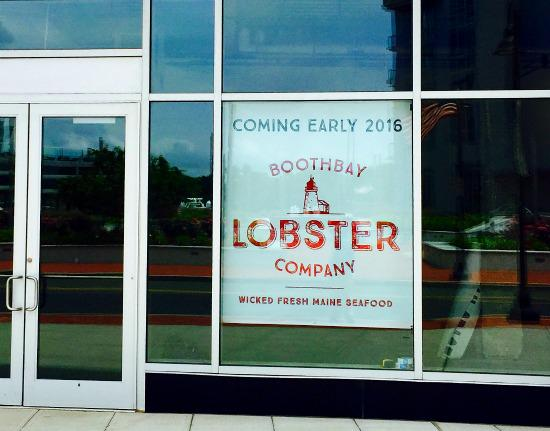 Boothbay Lobster Company Opening in Stamford's Harbor Point: Wicked Fresh Maine Seafood http://t.co/TORpMxLbxT http://t.co/TFOmgJVTF4
