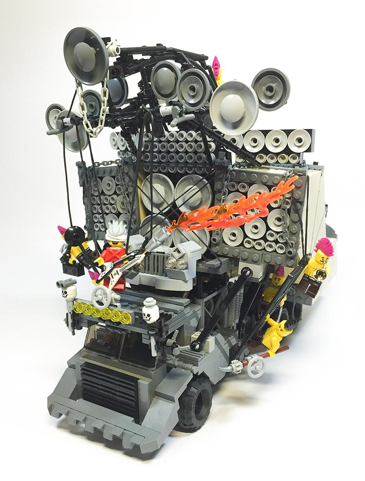 Lego Mad Max Fury Road doof wagon #film functional speakers http://t.co/aTsnzNQQ6G http://t.co/vJEt7CXaG0