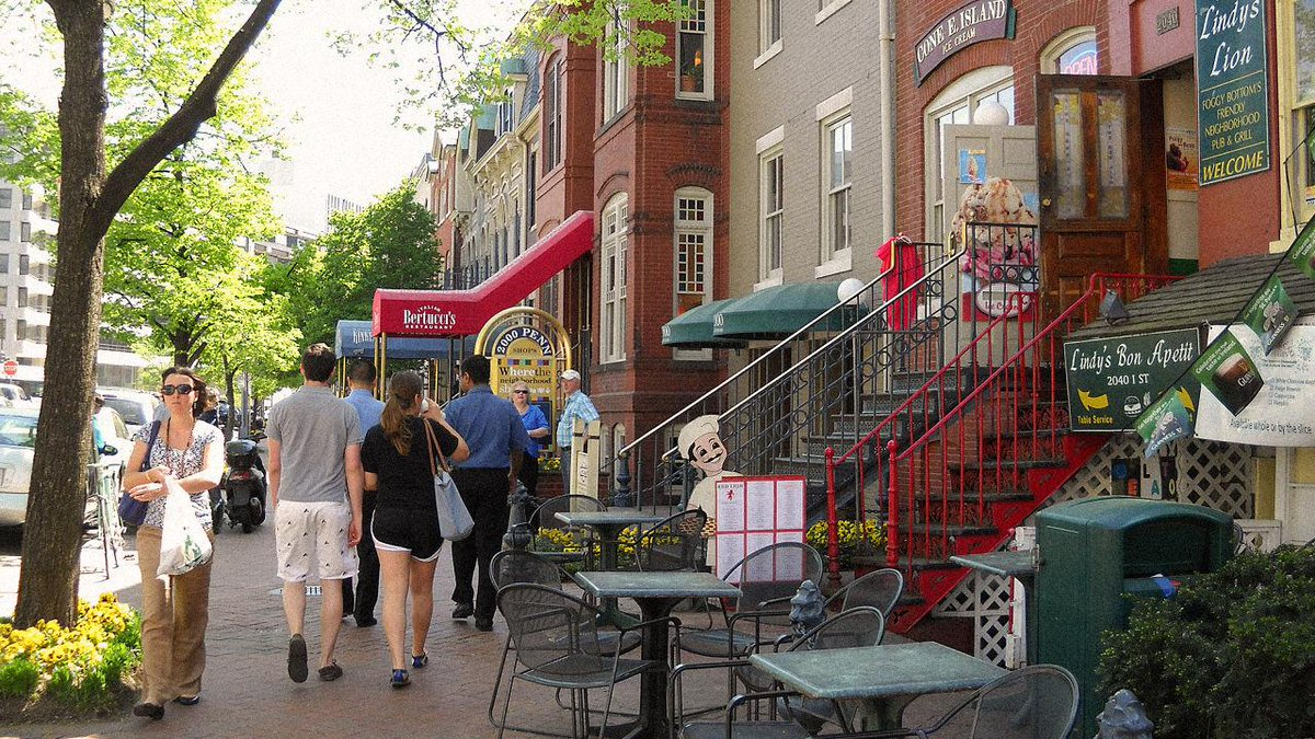 Want To Stop Your Brain From Getting Old? Live In A Walkable Neighborhood: http://t.co/rTc5Ok02HF via @FastCompany http://t.co/RnwpEIAnDe