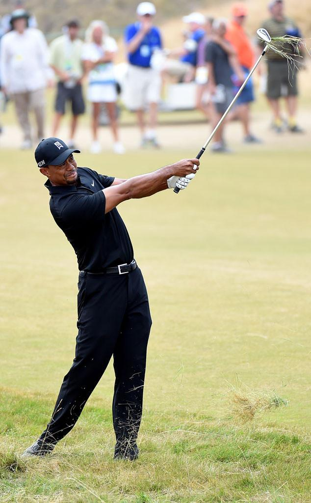 """Power move. Someone flew a """"cheater"""" banner over Tiger Woods at the USOpen:"""