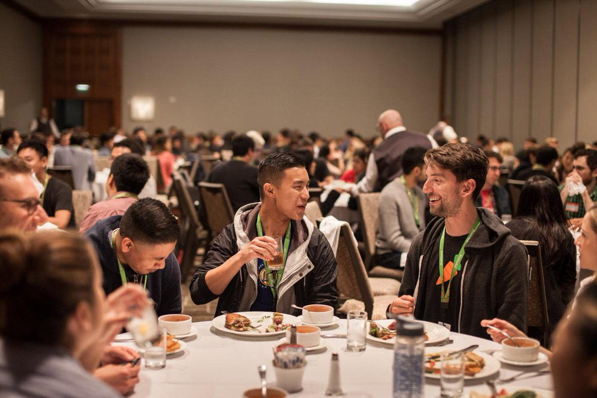200+ @Instacart employees gathered last week in San Francisco and it was a blast! Join us: http://t.co/hfiicmj3cP http://t.co/WMh7ToNABA